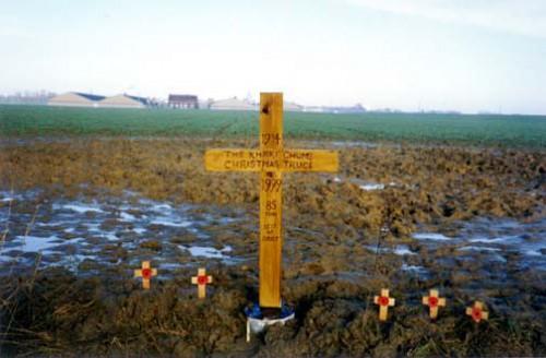 Memorial_Cross.jpg